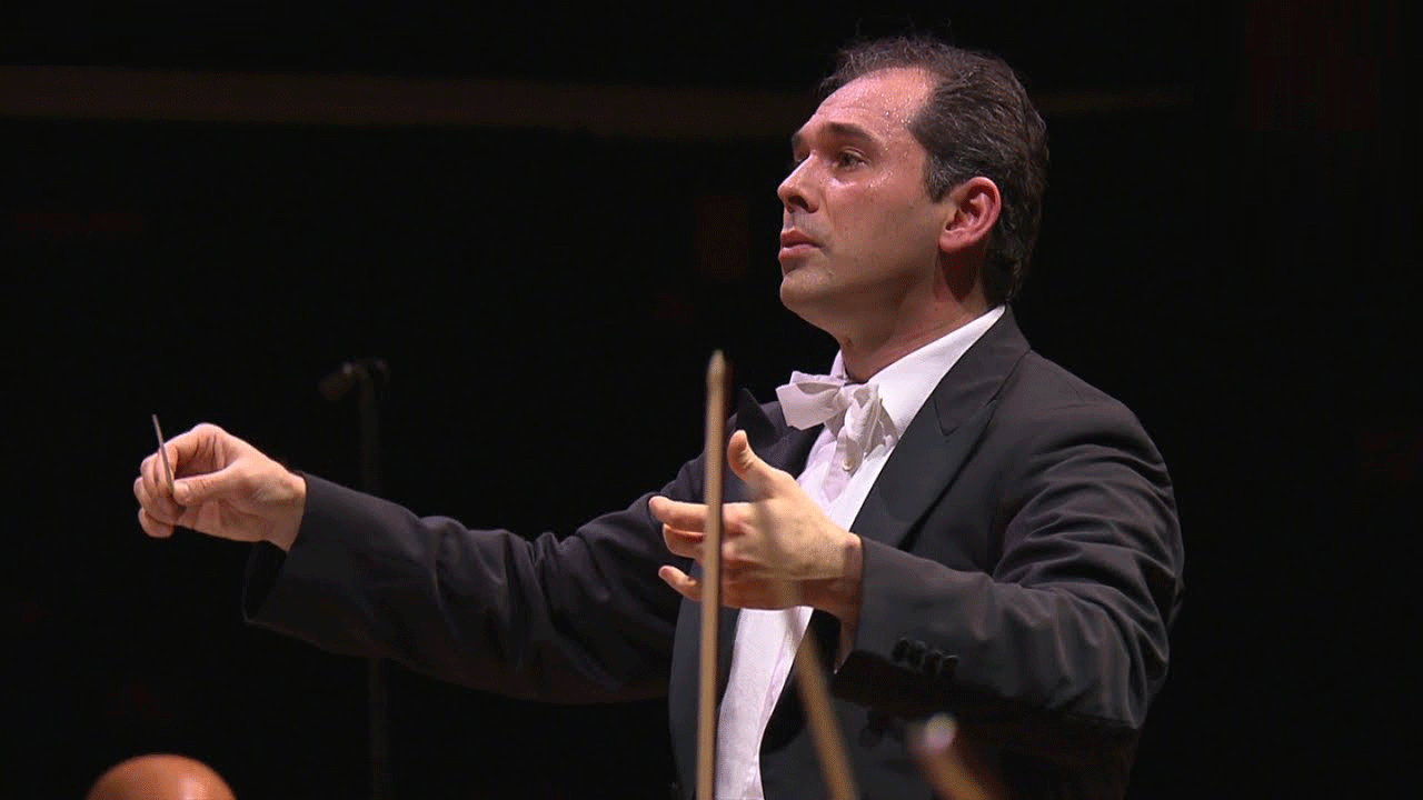 Tugan Sokhiev dirige la Symphonie n°4 de Chostakovitch