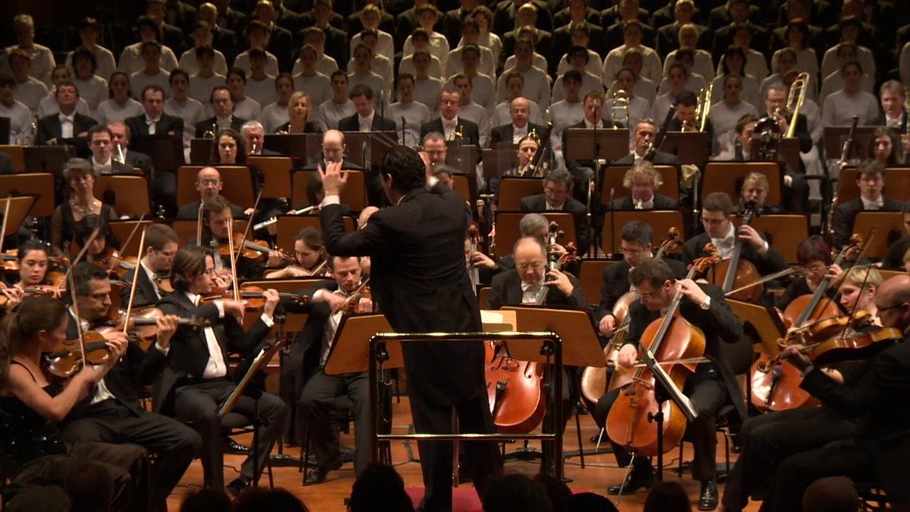 Tugan Sokhiev dirige la Symphonie n°2 de Mahler : « Résurrection »