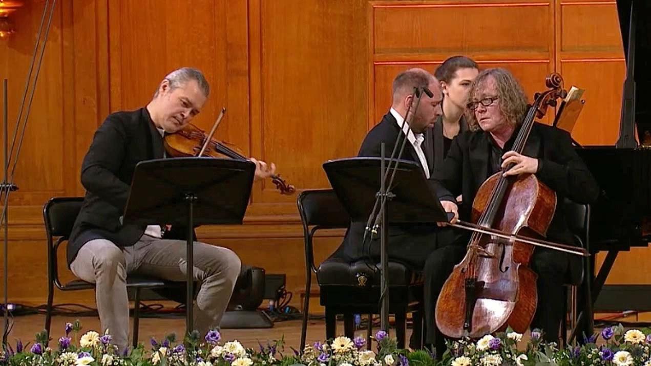 Vadim Repin, Alexandre Kniazev et Andrei Korobeinikov jouent le Trio de Tchaïkovski