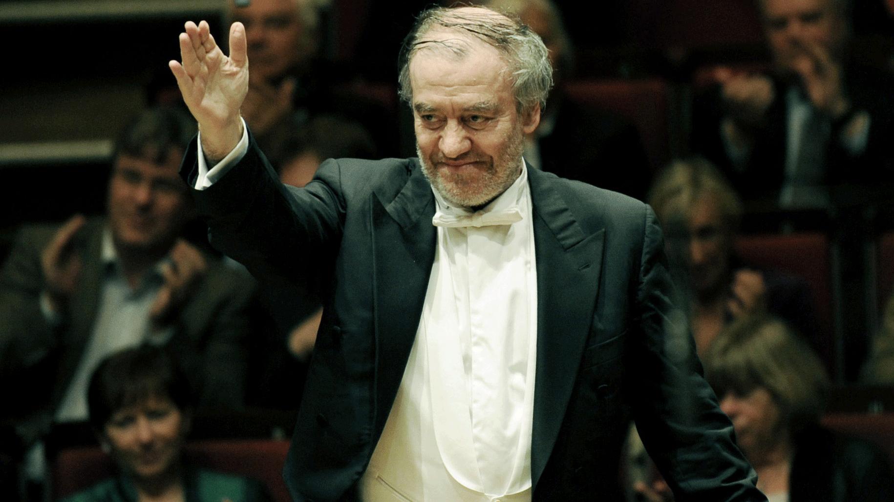 Valery Gergiev conducts Strauss and Berlioz – With Yulia Matochkina, Yekaterina Krapivina, Sergei Semishkur, Evgeny Akhmedov, and Yuri Vorobiev
