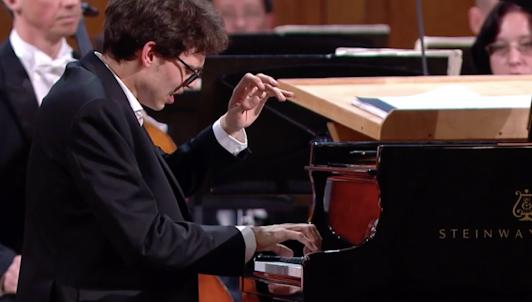 XV Concours International Tchaïkovski : Piano, Finale (II/III)