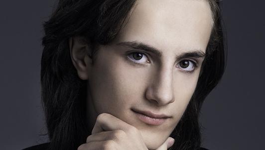 Yoav Levanon plays Mendelssohn, Schumann, Liszt, and Gershwin