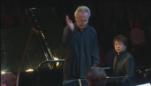 Yuri Temirkanov and Lang Lang play Tchaikovsky and Chostakovitch